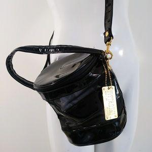 Vintage 90s Adrienne Vittadini vinyl & mesh purse